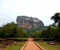 Temples and rocks in Dambulla and Sigiriya